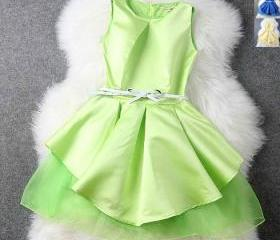 Fluorescent color big swing dress princess dress H442122